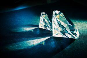 ダイヤモンドは鑑定書なしでも売れる